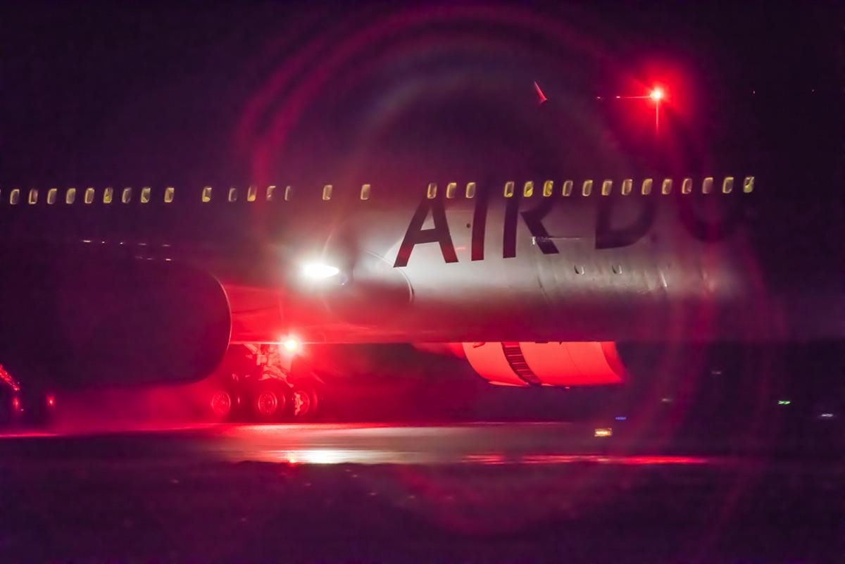 airplane 09